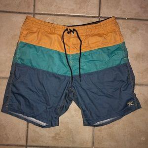 Men's Medium Billabong Board Shorts